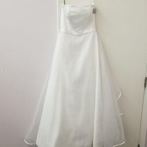 David's Bridal simple & elegant wedding dress